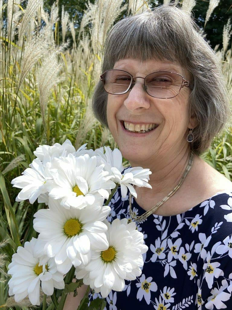 Karen Wingate with Daisies